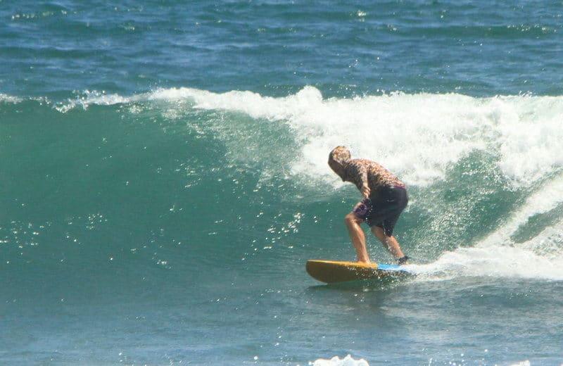 Juraj Uvira na surfe