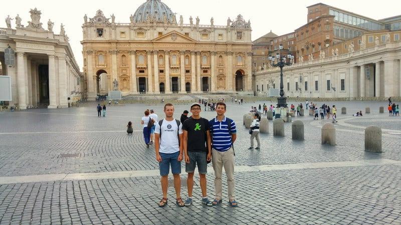 HorSa do Ríma, námestie vo Vatikáne