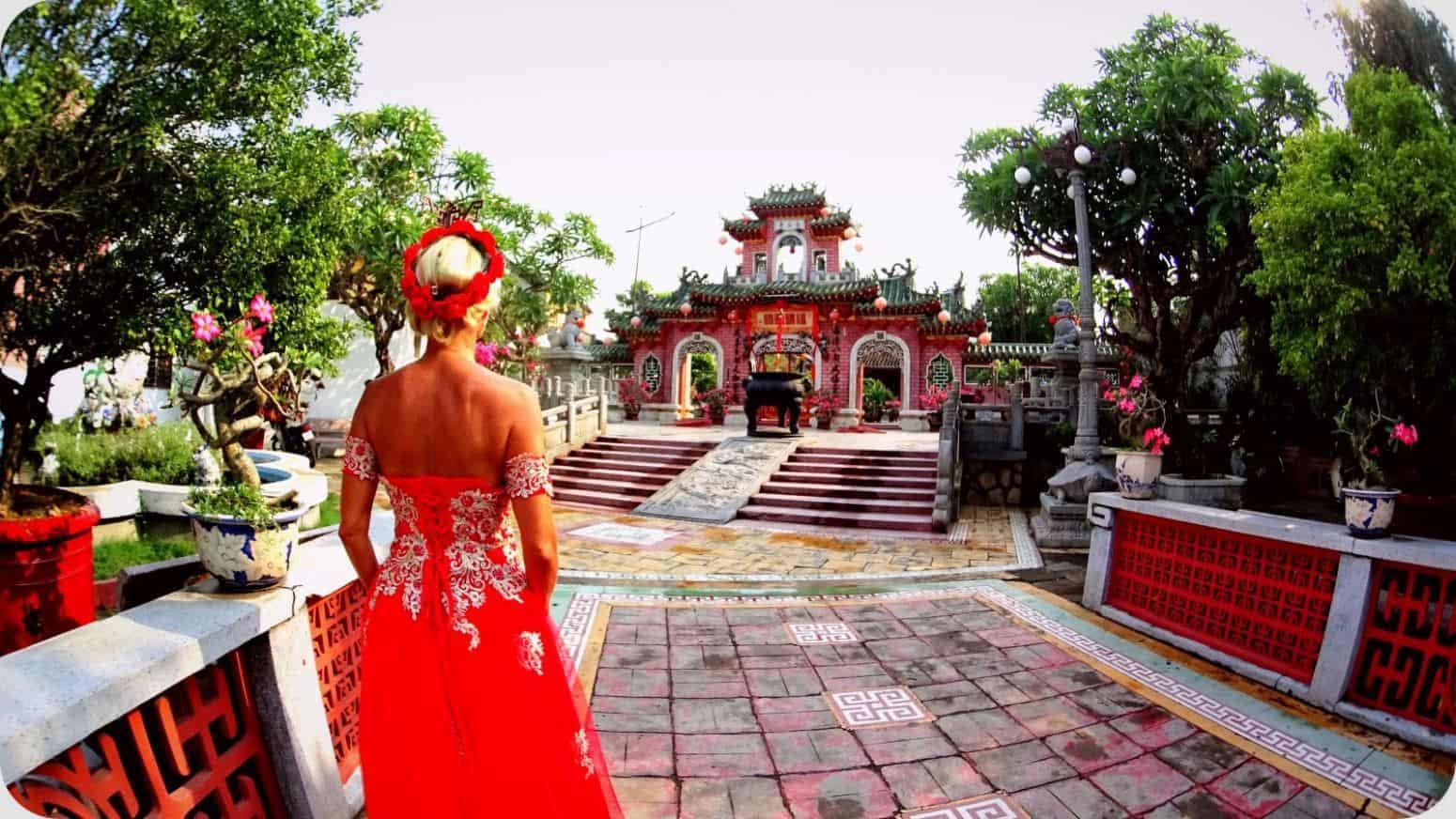 The traveling bride - cesta kolem sveta jinak