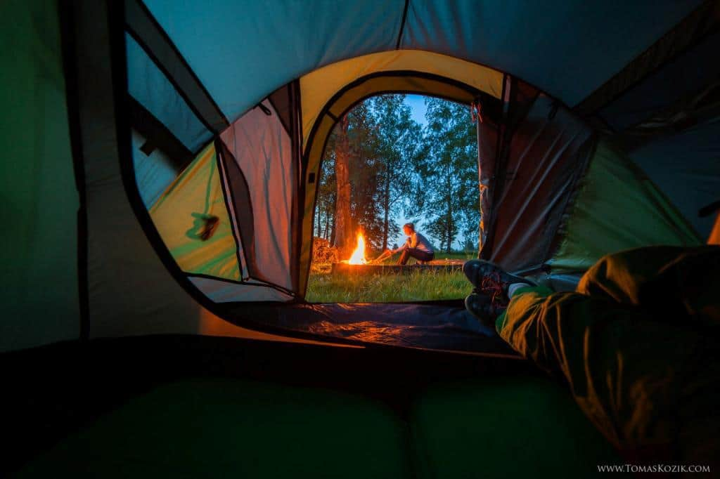 Stanovanie pri ohni, Vista travellers