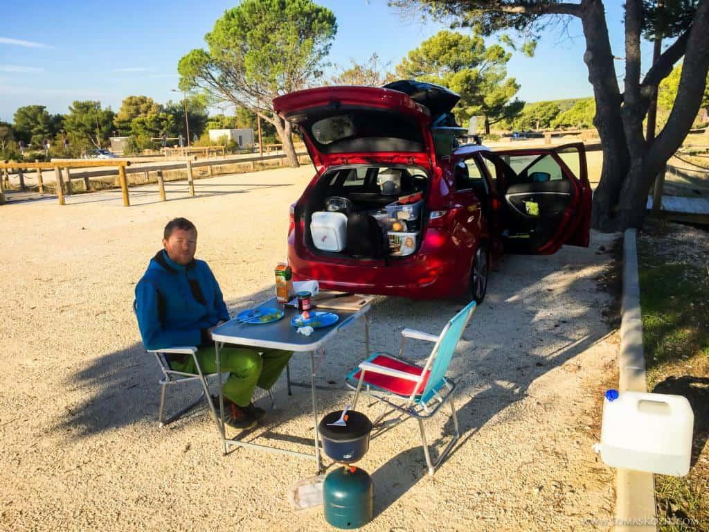 Kempovanie v prírode s autom, Vista travellers
