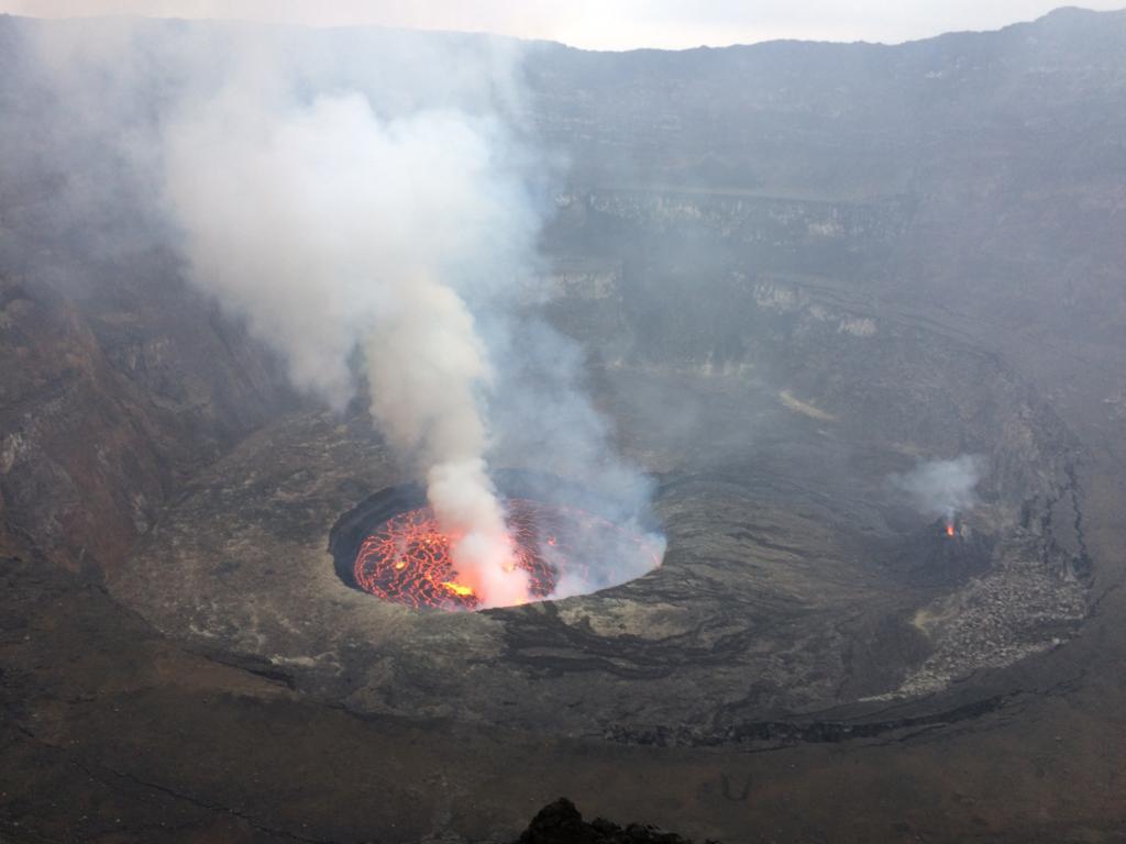 Aktívny vulkán Nyiaragongo v Kongu