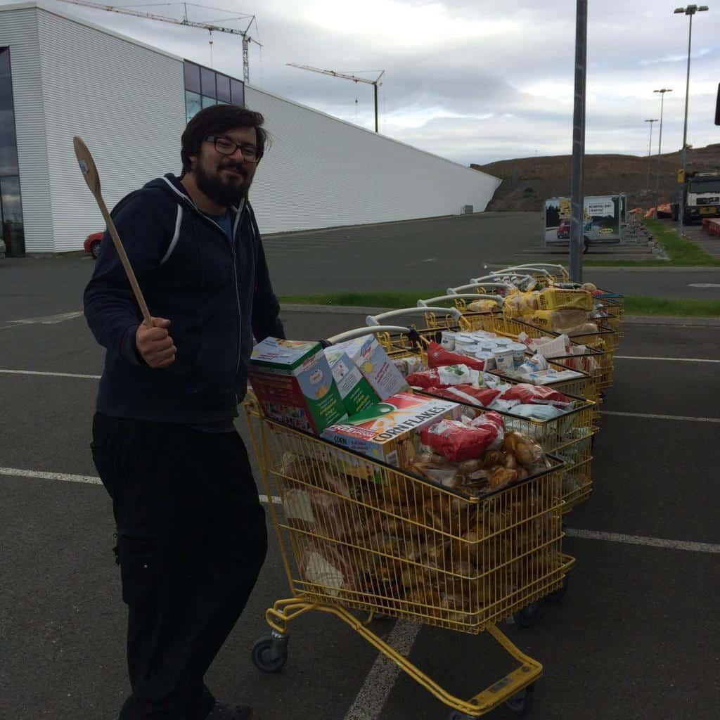Obrovské nákupy potravín na Islande