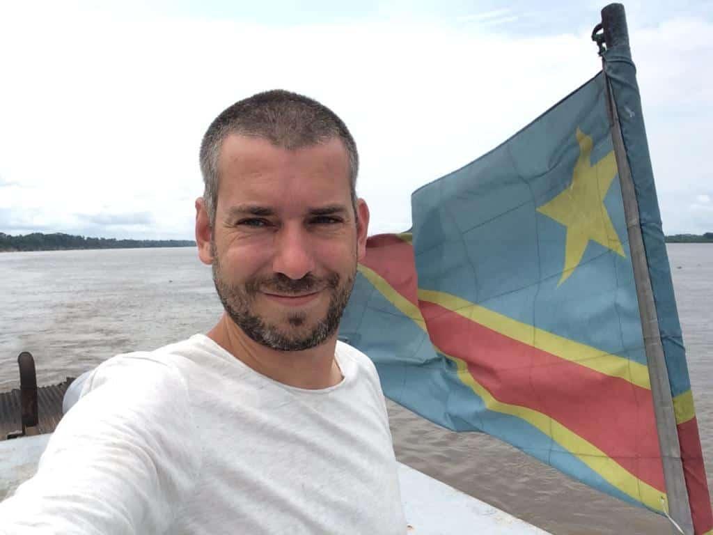 Plavenie sa po rieke Kongo, v jednej z najnebezpečnejších krajín Afriky