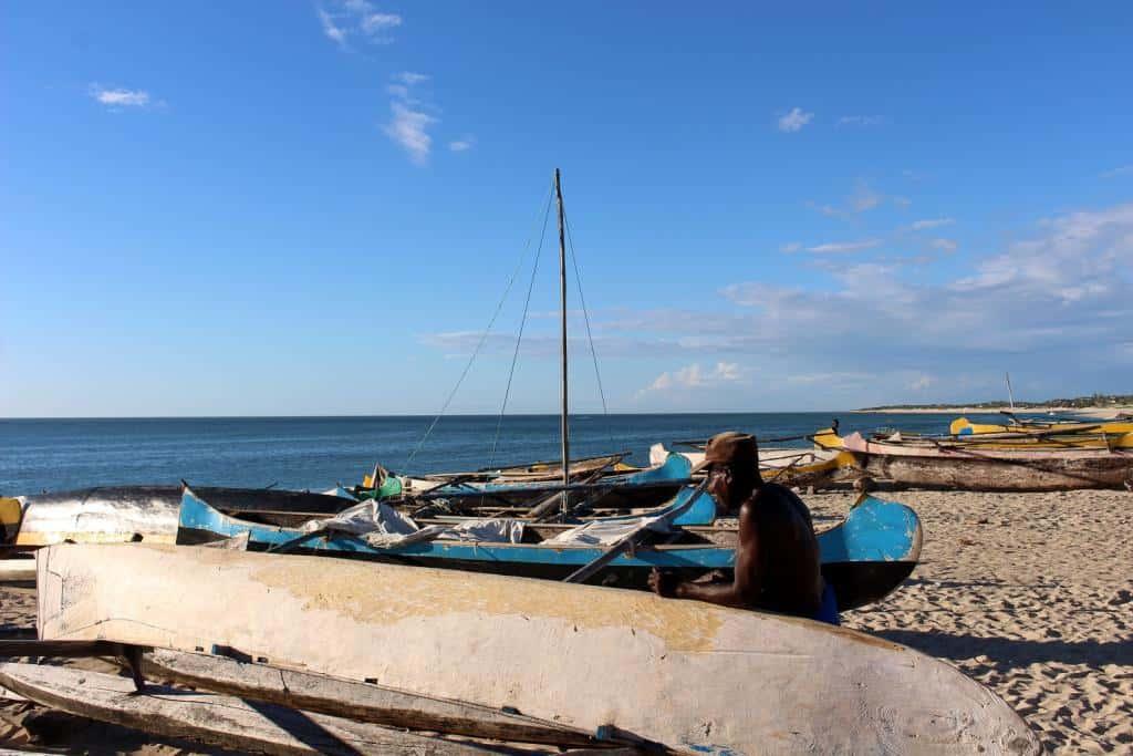Malý prístav v Anakao na ostrove Nosy Ve