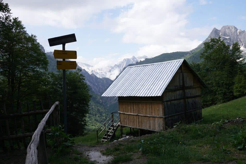 Malá chatka v Národnom parku Prokletije v Albánsku
