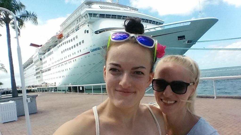 Obrovská luxusná výletná loď v Miami